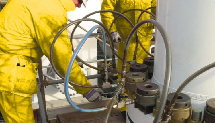 Lubrication in Hydraulic Tensioning